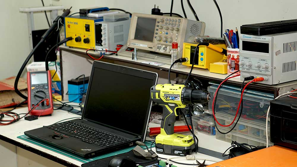 Compu Drive System Electronic Lab